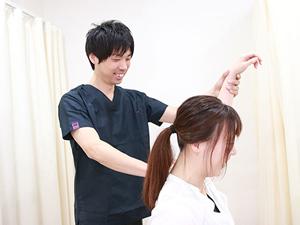 肩の検査の様子